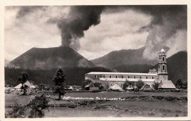 paricutin-volcano-postcards-6[2]